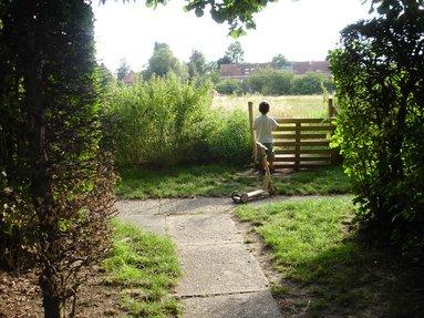 Le jardin collectif du chant des cailles watermael boitsfort - Chant fauvette des jardins ...